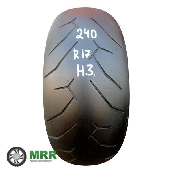 240-45-17-Pirelli-Diablo-Rosso-2-(0712)-2